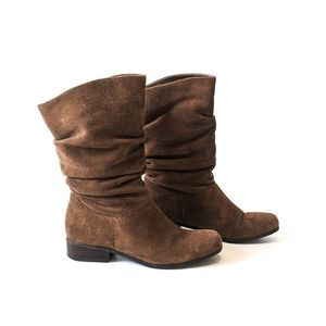 Arturo Chiang TAN Suede Slouchy Boots